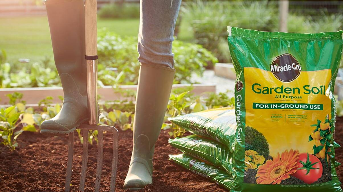 Amend Plant Soil with MG Soil