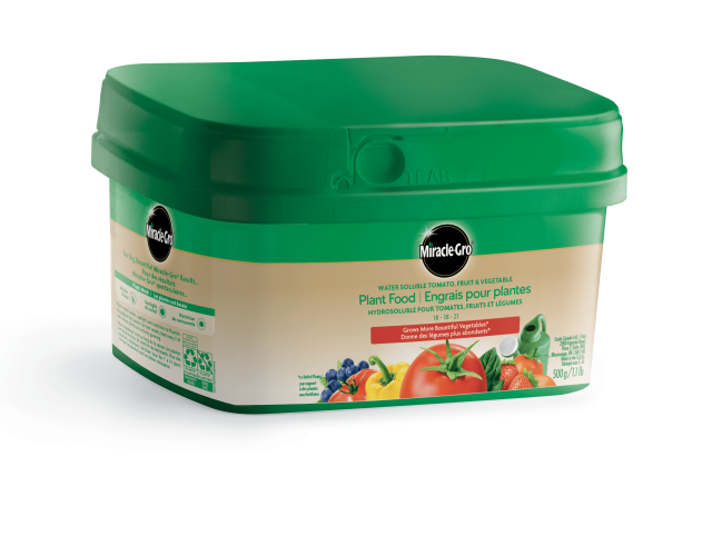 Miracle-Gro Water Soluble Tomato, Fruit & Vegetable Plant Food 18-18-21 500g Bucket