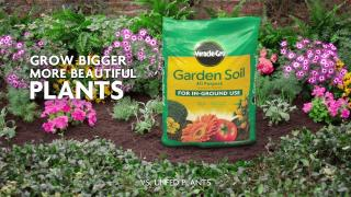 How to Use Miracle-Gro® All Purpose Garden Soil for In-Ground Gardening